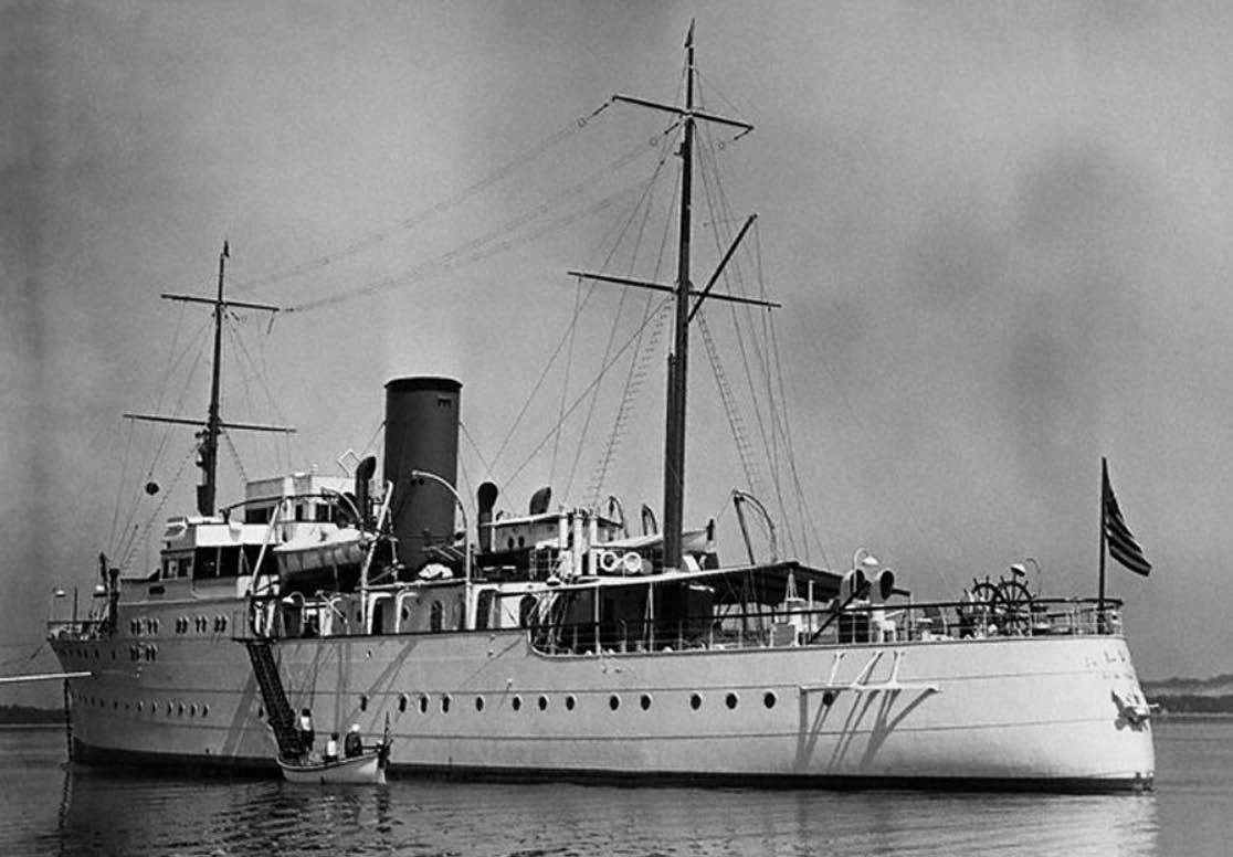 Vanderbilt Cup Races Blog One Of Yachting S Dozen William K Vanderbilt Jr S Alva