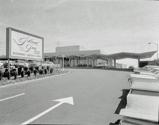 Vanderbilt cup races blog mystery foto 29 solved an for Hotels on motor parkway long island