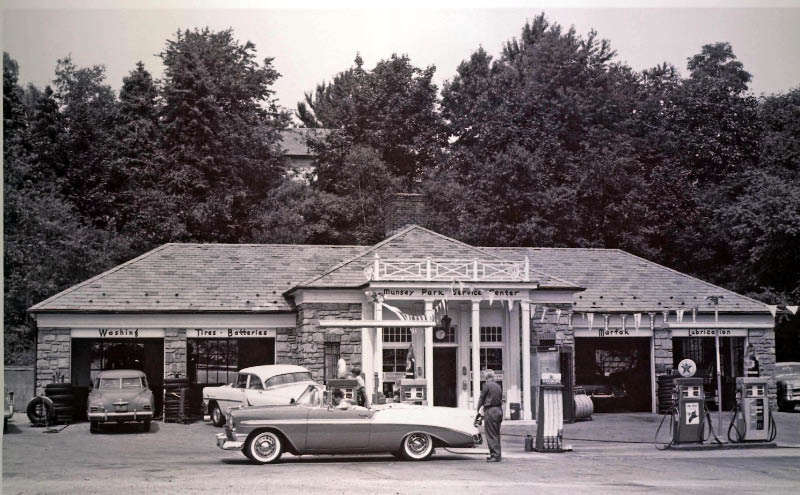 Mystery Foto 23 Solved The Munsey Park Service Center On Northern Boulevard With A 1956 Chevy