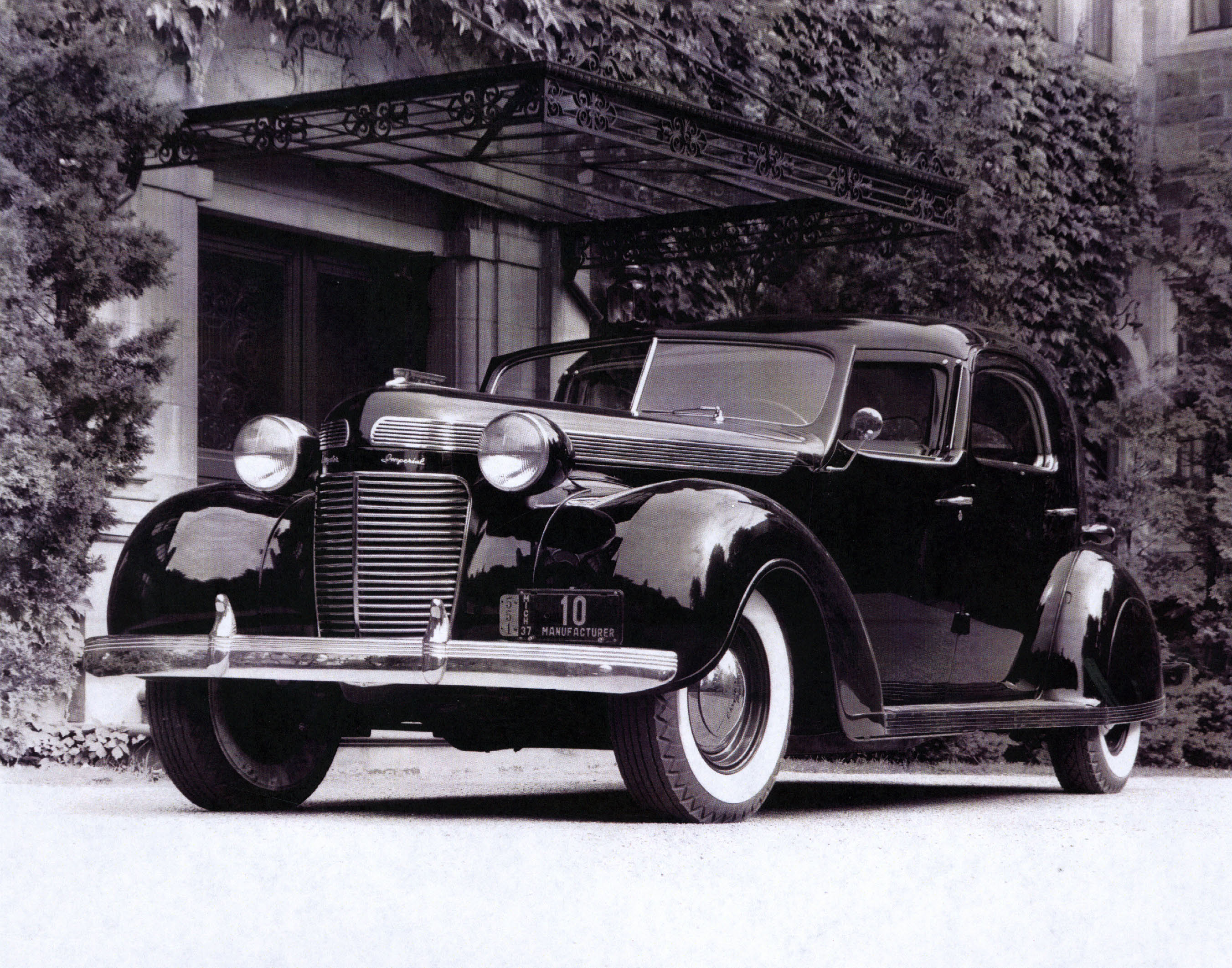 Photos Of Chrysler S Circa 1937