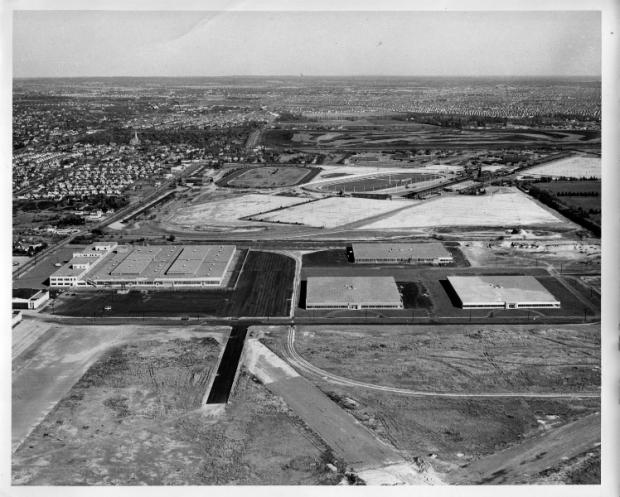 Roosevelt Field,runway,hangars,Fairchild Aerial Surveys,Inc,New York,NY,1931