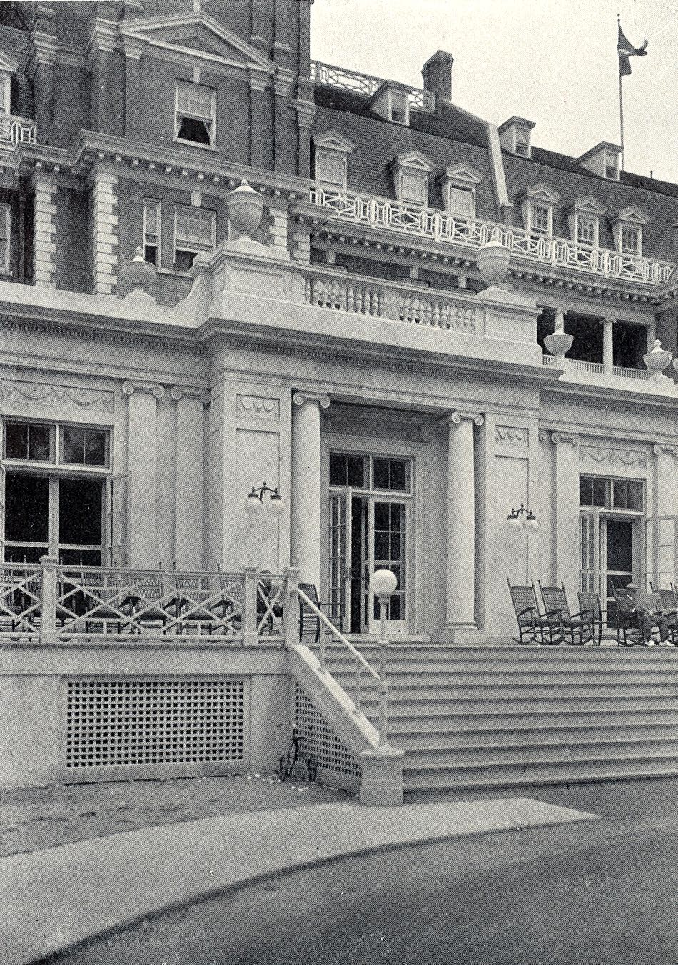 Vanderbilt Cup Races Blog The Garden City Hotel in 1913